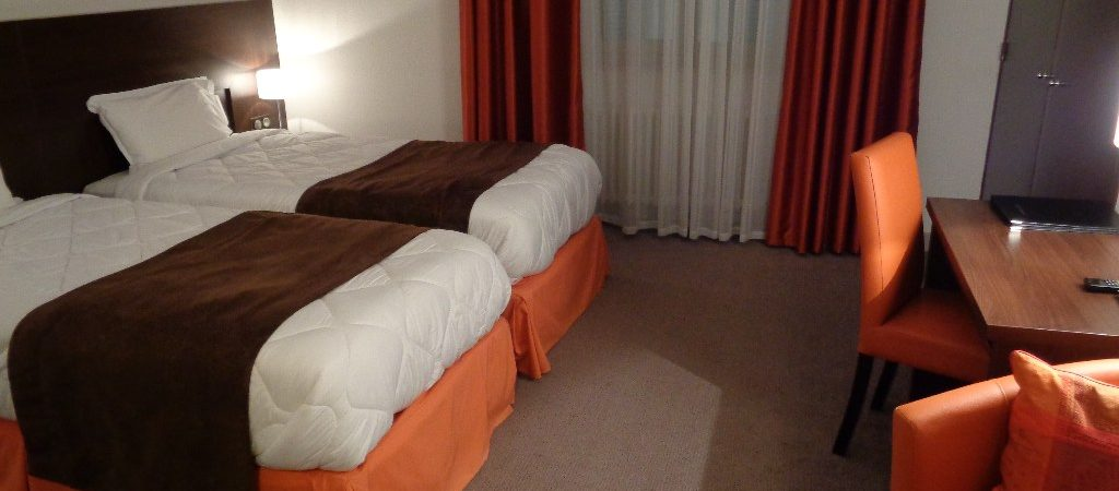 Hotel room for two people in Verdun in Metz and Reims