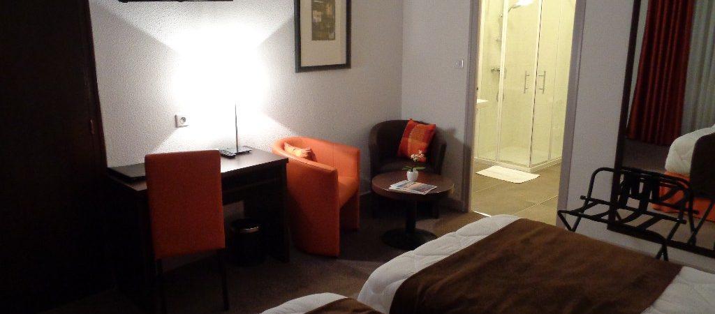 Chambre 18 hotel de montaulbain Verdun entre Stenay et bar le duc