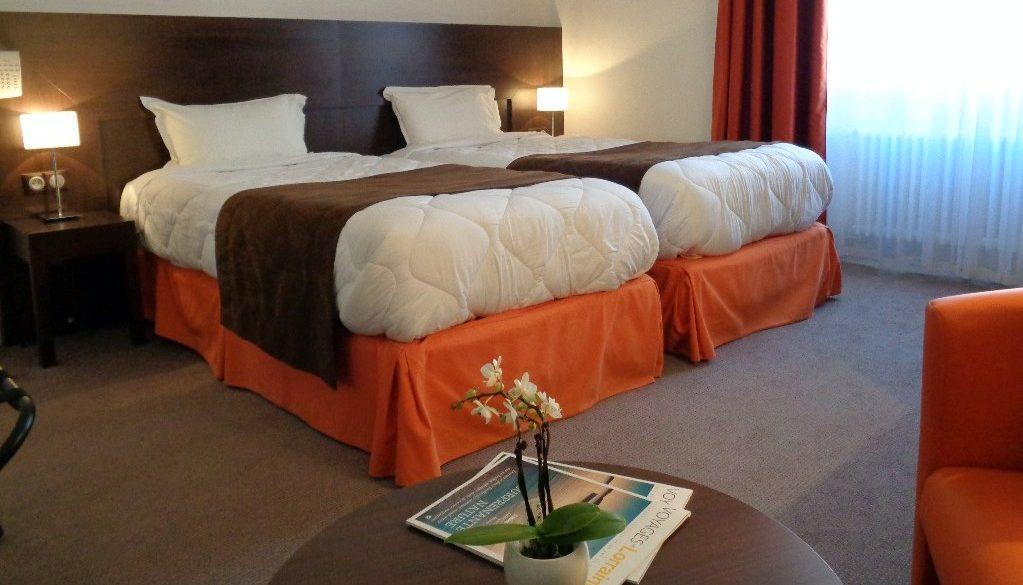 chambre de l'hotel de Montaulbain à Verdun 55