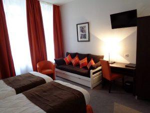 chambre pour 2 ou 3 personne à l'hôtel de Montaulbain Verdun