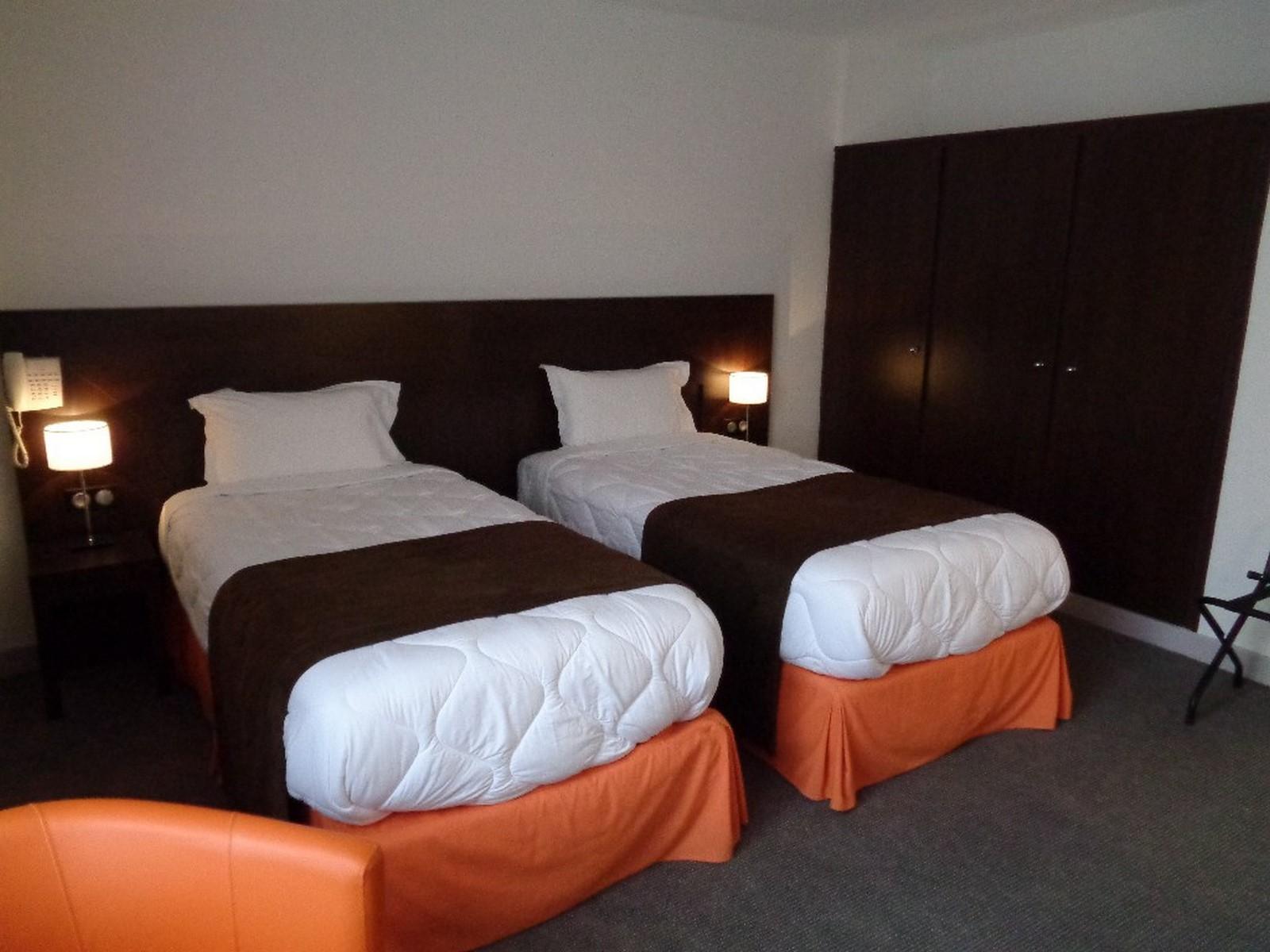 Hotel de Montaulbain  Verdun  1h de Paris Strasbourg en TGV